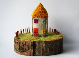 Holly Levell - Textil Artist