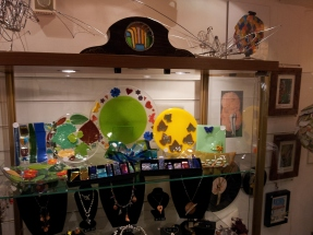 JD Glass - Glass Homewears and Pendants